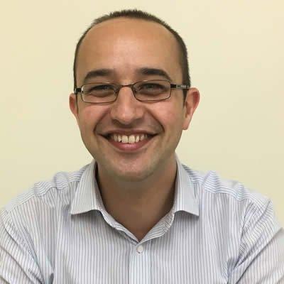 Dr Stefan Nowicki
